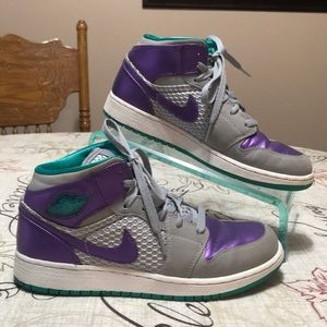 Nike Air Jordan 1 Phat High Top Sneakers Size 6Y